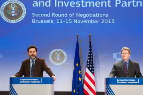 Ignacio Garcia Bercero (UE) e Dan Mullaney (Usa) il 15 novembre 2013 a Bruxelles. Photo: EC