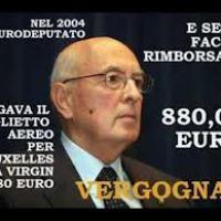 Napolitano faceva la cresta sui voli di servizio quando era eurodeputato